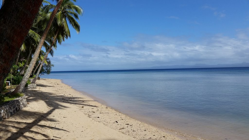 Explore pacific islands like fiji on your gap year